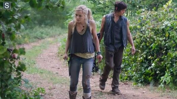 File:Beth and Daryl tracking for the others.JPG
