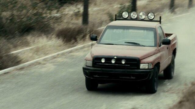 File:1.2306, FTWD 1994 Dodge Ram Ep. 2.14