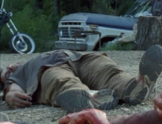 File:Grayshirtman dead (Wildfire).png