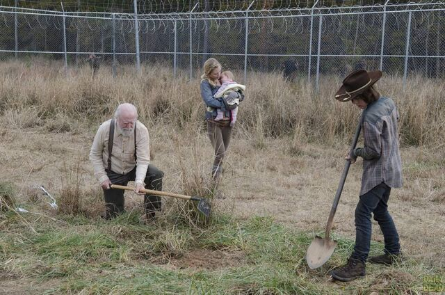 File:Walking-Dead-S4-Finale-027.jpg