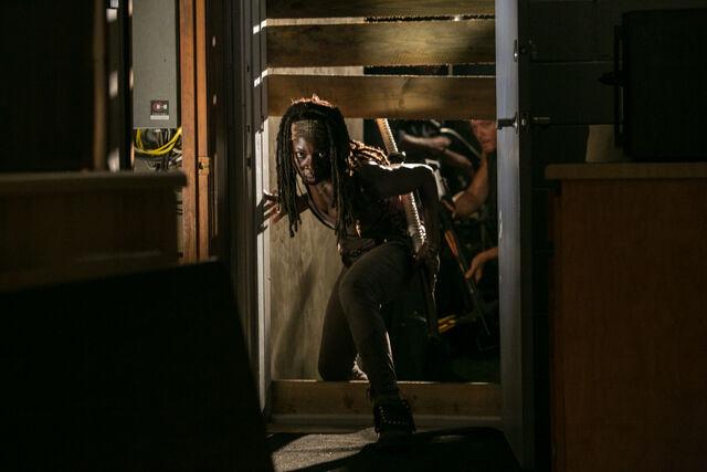 File:Walking-Dead-308-04.jpg