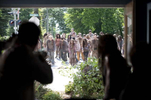 File:AMC 603 Horde Approaches Store.png
