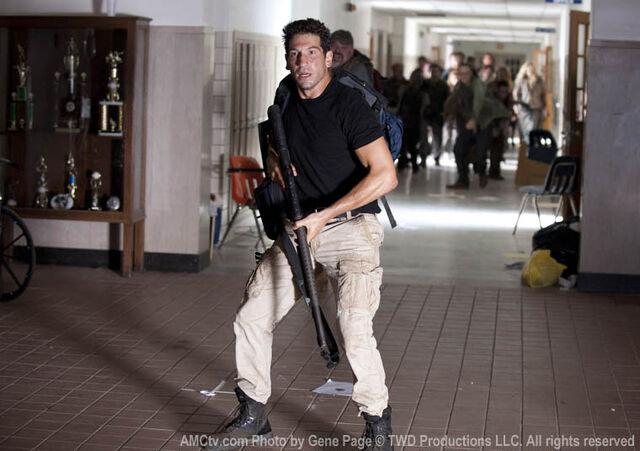 File:Episode-3-shane-hallway.jpg