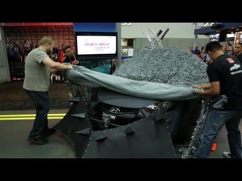 File:Hyundai Elantra Reveal.jpg