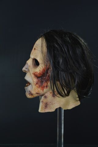 File:Suit Walker Zombie Mask 5.jpg