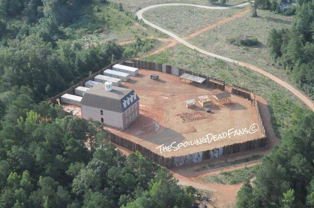 File:Twd-hilltop-colony.jpg