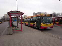Metro Wilanowska 16 (autobus 108).jpg
