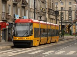 Nowowiejska (tramwaj 35).JPG
