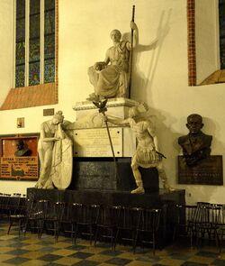 Pomnik Stanisława Małachowskiego Katedra św. Jana.JPG