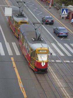 Aleja Solidarności (tramwaj 4).JPG