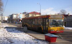 Znana (przystanek, autobus 422).JPG