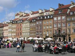 Strona Barssa Rynek Starego Miasta.JPG