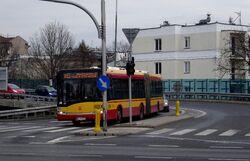 Wał Miedzeszyński (autobus 143).JPG