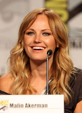 File:Malin Akerman by Gage Skidmore.jpg