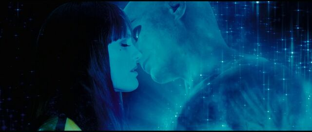 File:Watchmen Kiss.jpg
