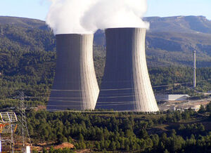 Cofrentes nuclear power plant cooling towers1.jpg
