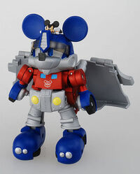 Disney-transformers-mickey-mouse-2