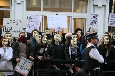 File:AnonymousProtest.jpg