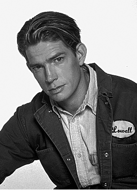thomas haden church wings