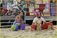 Selena-gomez-zelzar-beach-day-04