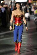 Adrianne-palicki-on-the-set-of-wonder-woman-in-los-angeles-pic-146065174