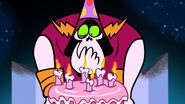 S1e9b Lord Hater with birthday cake