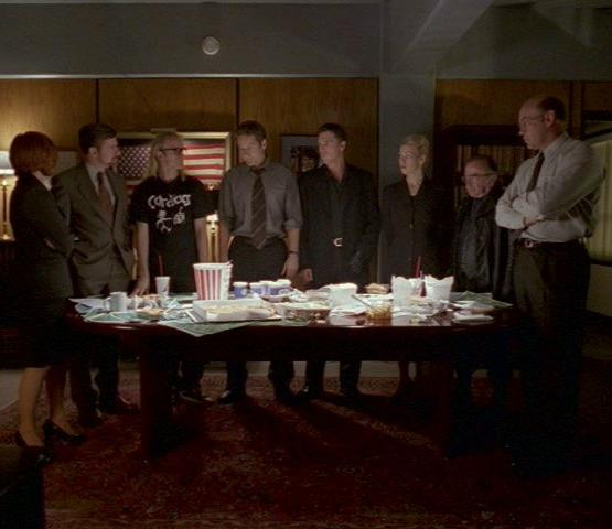 File:Meeting to discuss UFO in 2000.jpg