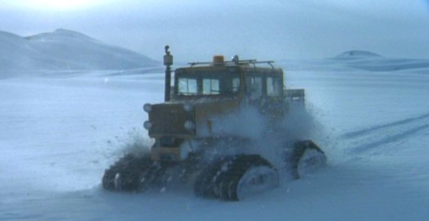 File:Snowcat driven by Fox Mulder.jpg