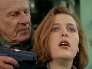 SIG-Sauer P225 Scully Gunpoint