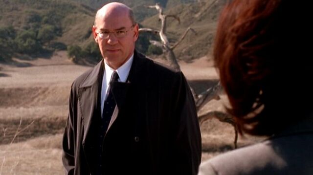 File:Monica Reyes views Walter Skinner.jpg