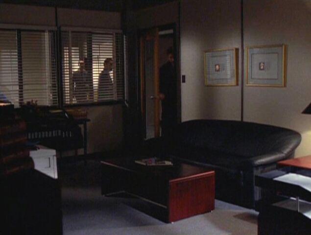 File:Walter Skinner's outer office (1996).jpg
