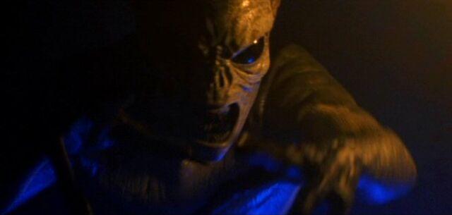 File:Long-clawed alien in 35,000 B.C..jpg
