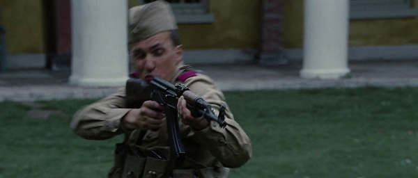 File:Soldier aiming at erik.jpg