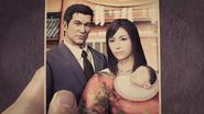 Jingu and Yumi alongside the baby Haruka.