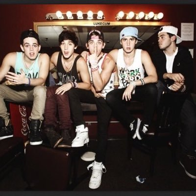 File:The Janoskians.jpg