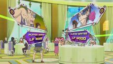 Kenichi vs Waiter