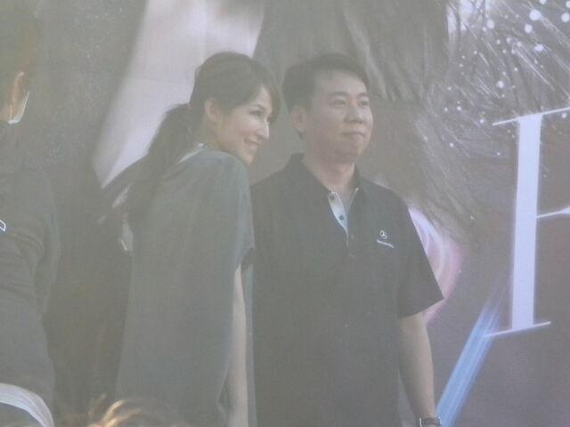 檔案:蕭亞軒&粉絲2.JPG