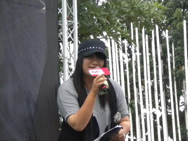 檔案:Hit Fm DJ -Michelle.JPG