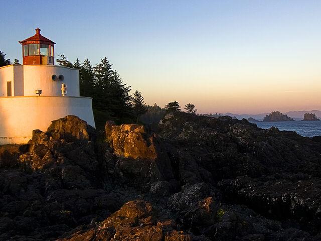 File:Lighthouse.jpg
