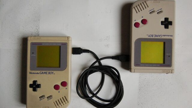 File:Game-boy-link-cable.jpg
