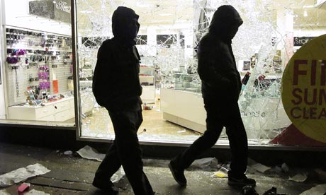 File:Riots-Hooded-youths-walk--005.jpg