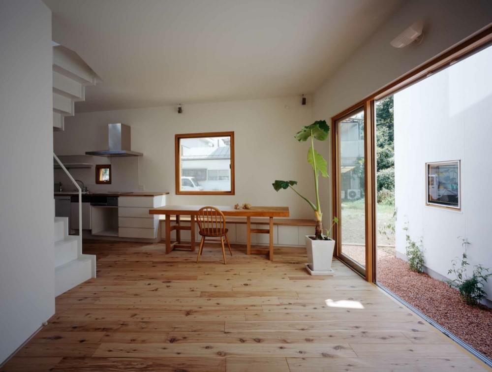 Archivo 09 casa interior wiki zombies fanon for Casa minimalista wikipedia
