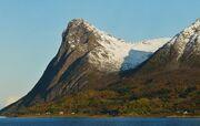 Toppen, Grytøya