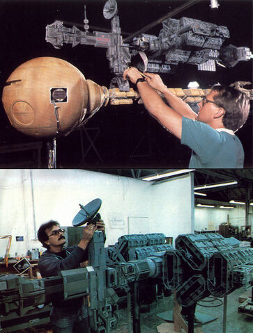 File:The makeing od the spaceship's.jpg