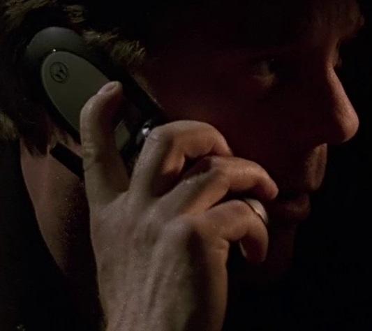 File:2x18 Jack phone.jpg