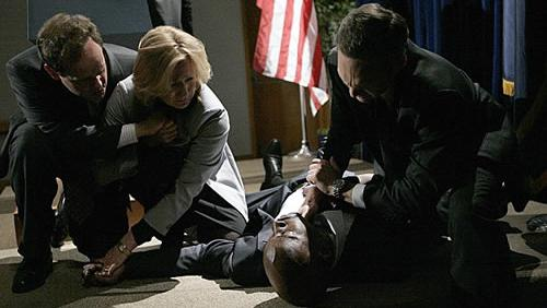 File:Palmer Collapses.jpg