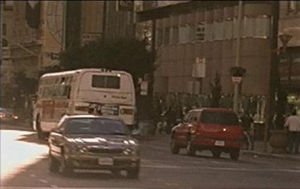 File:1x17 Alexis driving.jpg
