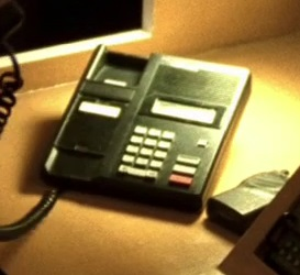 File:5x07 upstairs phone.jpg