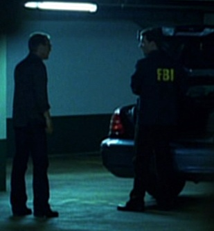 File:5x02 FBI agent.jpg