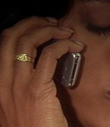 File:1x09 Maureen Kingsley phone.jpg
